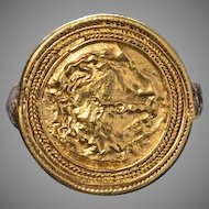 Ancient Head of Medusa Hellenistic Gold Ring c. 300 BC