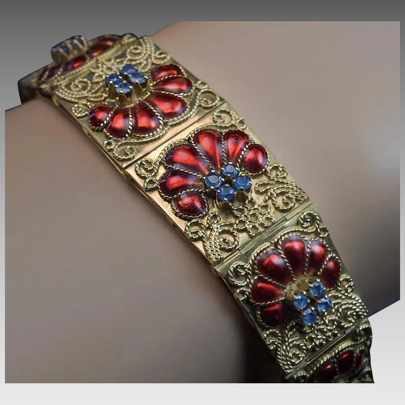Vintage italian filigree 18k gold enamel sapphire for Best place to sell gold jewelry in chicago