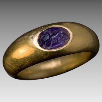 Ancient Roman She-Wolf Amethyst Intaglio Gold Ring 2nd - 1st Centuries BC