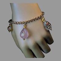 Antique Gold Bracelet with Mughal Jeweled Charms Ref: 442380