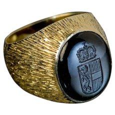 Vintage Obsidian Intaglio Gold Signet Ring