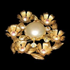 Simulated pearl  with rhinestones