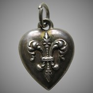 "Antique Fleur-de-lis ""W"" Sterling Heart Charm"