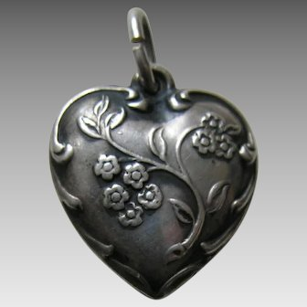 """Vintage Wildflower """"Father"""" Sterling Heart Charm"""