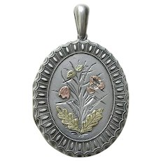 """Victorian Applied Gold Flowers """"LM"""" Silver Locket"""