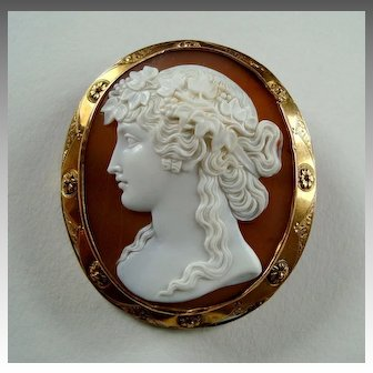 Finest Victorian Carved Shell Cameo 15k Gold Brooch of Antinous circa 1850