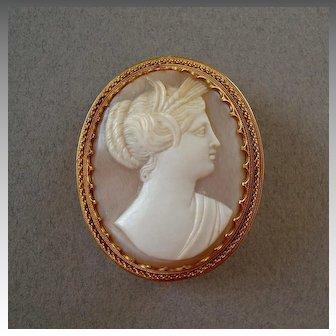 Antique Italian 18k Gold Vatican Workshops Carved Shell Cameo Brooch of Demeter / Ceres