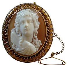 Victorian Carved Shell Cameo of Eros Centocelle 18k Gold Brooch