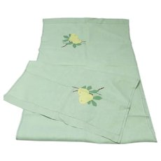 Very Pretty Pale Green Linen Deco Runner
