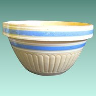 """Large Vintage 10"""" Yellow Ware Blue Banded Mixing Bowl"""