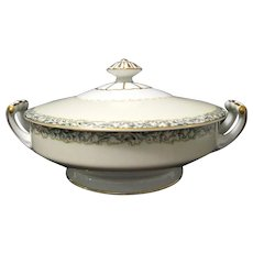 Vintage 1930s Noritake Round Footed Covered Vegetable Dish, Gold Trim