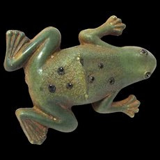 "Realistic Looking Vintage Celluloid Frog Marked ""C V. USA"""