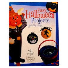 """Easy Halloween Projects You Can Paint"" - Black Cat Candle, Spooky Wreath, Etc."