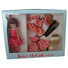 Betsy McCall Doll Gift Set - Robert Tonner - Prints, Prints, Prints GIft Set - New In Box