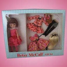 Betsy McCall Doll Gift Set - Robert Tonner - Prints, Prints, Prints GIft Set - New In Box