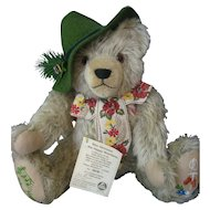 Hermann Musical Happy Wanderer Bear - Embroidered Foot Pads - With Handtags