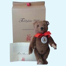 "Steiff *Teddy Bear 1950"" Steiff Club Edition 2001/2002 - With Original Box and COA - He has a working Squeaker"