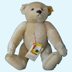 """Steiff *Margaret Strong Museum Bear* - 14"""" Jointed Bear - Cream Mohair With Tags"""
