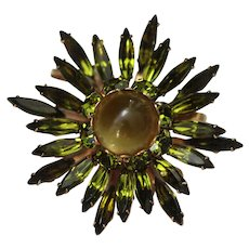 Green Star Burst Brooch with Moonglow Center, Gold-tone and Lovely