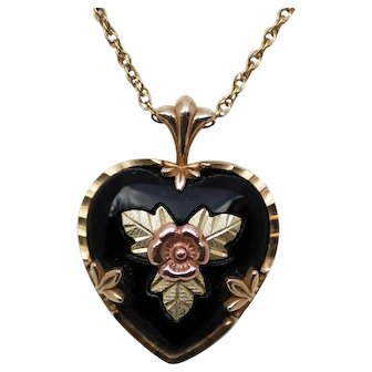 Black Hills Gold and Onyx Black Heart Pendant Necklace