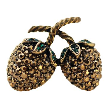 WEISS Golden Rhinestone Berry Brooch