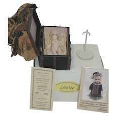 Cathy Hansen all bisque Lisette - Sac De Voyage, Pattern, and Doll Stand