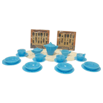 Akro Agate Child's Blue Tea Set for Four