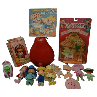 1980's Strawberry Shortcake - large collection
