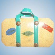 Metal Suitcase Accessory - manicure set