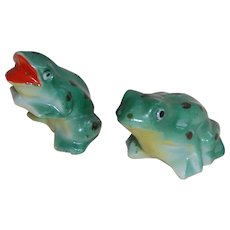 Japan Green Spotted Frog Salt & Pepper Shakers