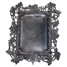 Pot Metal Table Top Picture Frame Rustic Oak Leaf and Branch