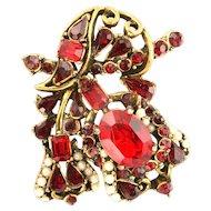 32566a - Signed Hollycraft 1953 Light & Dark Red Stones & Half-Pearls Brooch/Pin