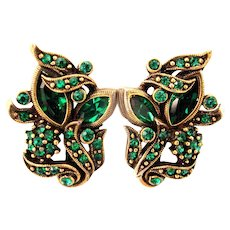 32878a - Signed Hollycraft 1950 Green Emerald Screw Back Earrings