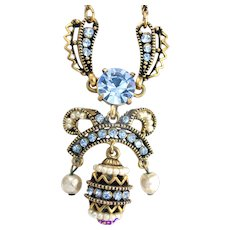 33330a - Signed HOLLYCRAFT 1954 Easter Egg Light Sapphire & Pearls Dangling Necklace