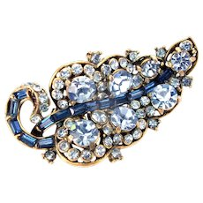 33642a - Signed HOLLYCRAFT 1955 Light Sapphire Stones Leaf Shaped Brooch/Pin