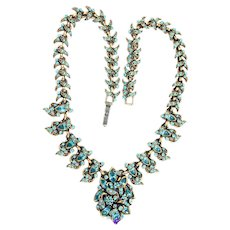 33984a - Signed HOLLYCRAFT 1950 Rare Aquamarine Color Victorian Style Necklace