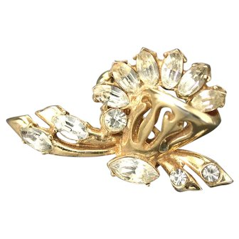 34185a - Signed Hollycraft 1952 Clear Navette Stones Brooch/Pin