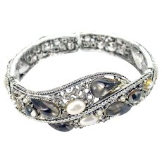 34434a - Hollycraft Smokey Grey Color Stones & Pearls Double Hinged Bracelet