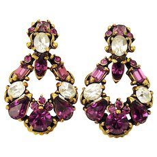 34483a - HOLLYCRAFT 1953 Purple & Crystal Color Rhinestones Dangle Clip Earrings