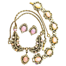34810a - Hollycraft Opal Cabochon & Clear Stones Drop Necklace/Bracelet/Earrings