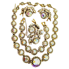 34822a -  Signed Vintage Hollycraft Round Circle & Crystal AB Stones Rare Parure
