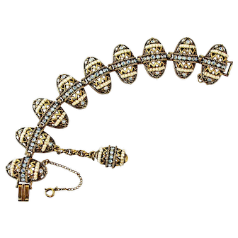 34899a - Signed Hollycraft 1954 Light Sapphire & Pearls Easter Eggs Bracelet