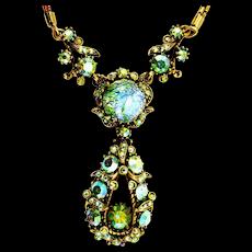 34930a - HOLLYCRAFT 1958 1 Green Cat's Eye & Peridot AB Stones Necklace/Pendant