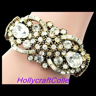 35040a - Vintage Hollycraft 1959 Crystal Clear Rhinestones Hinged Cuff Bracelet