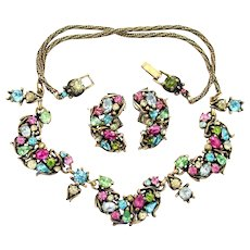 35349a - Vintage Hollycraft 1950 Pastel Color Half Moon Necklace & Earrings Set