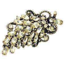 36011a - Signed Vintage HOLLYCRAFT 1953 Jonquil Color Rhinestones Leaf Brooch