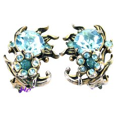 36477a - Signed Hollycraft 1954 Aqua/Teal Color Stones Flower Clip Earrings