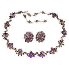 36636a - Vintage Hollycraft 1954 Purple Tear Drop & Chaton Stones Demi Set