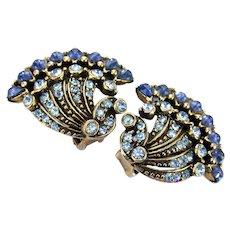 36657a - Vintage Hollycraft 1954 Light/Dark Blue Stones Fan Shaped Clip Earrings