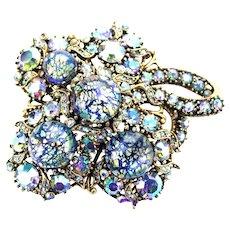 37076a - HOLLYCRAFT 1958 Blue Cat Eyes & Blue AB Stones Maple Leaf Large Brooch
